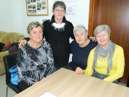 kršćansko druženje u Nigeriji agencija za upoznavanje starijih od 50 godina